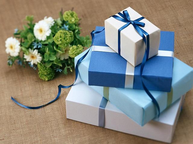 Cadeaux d'affaires : quels cadeaux offrir ?