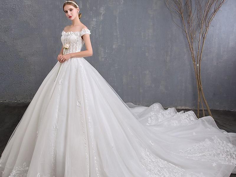Quelle robe de mariée porter en 2019 ?