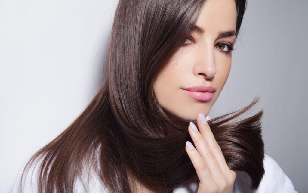 Entretien des cheveux après un lissage brésilien, les conseils à savoir